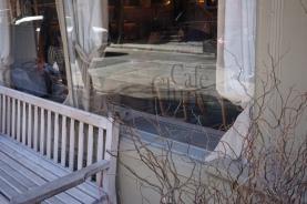vitrine café cluny
