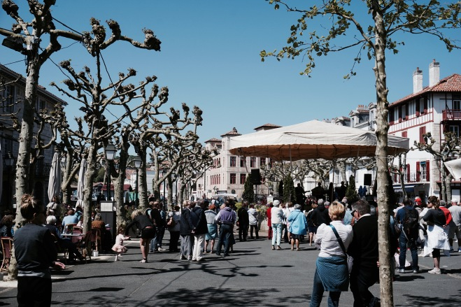 bourg saint jean de luz place flomarin