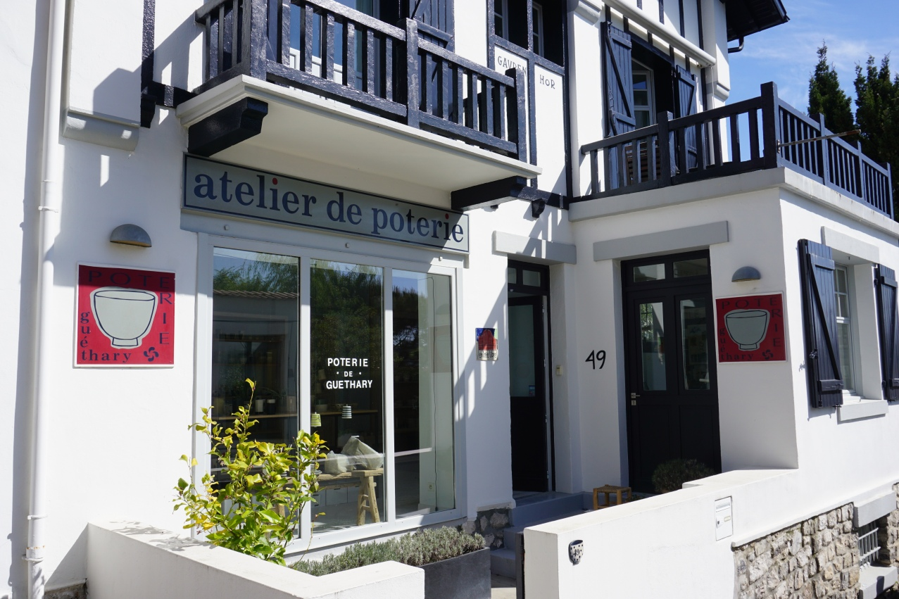 boutique atelier poterie guethary